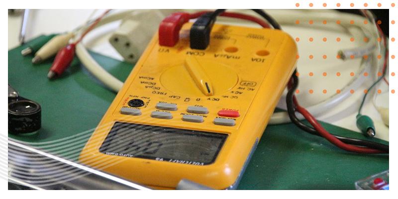 ELECTRICIANS VERT BLOG 03